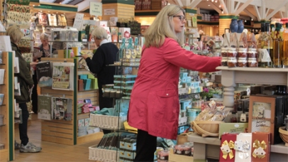 ... with a shop selling books, local crafts and chutneys